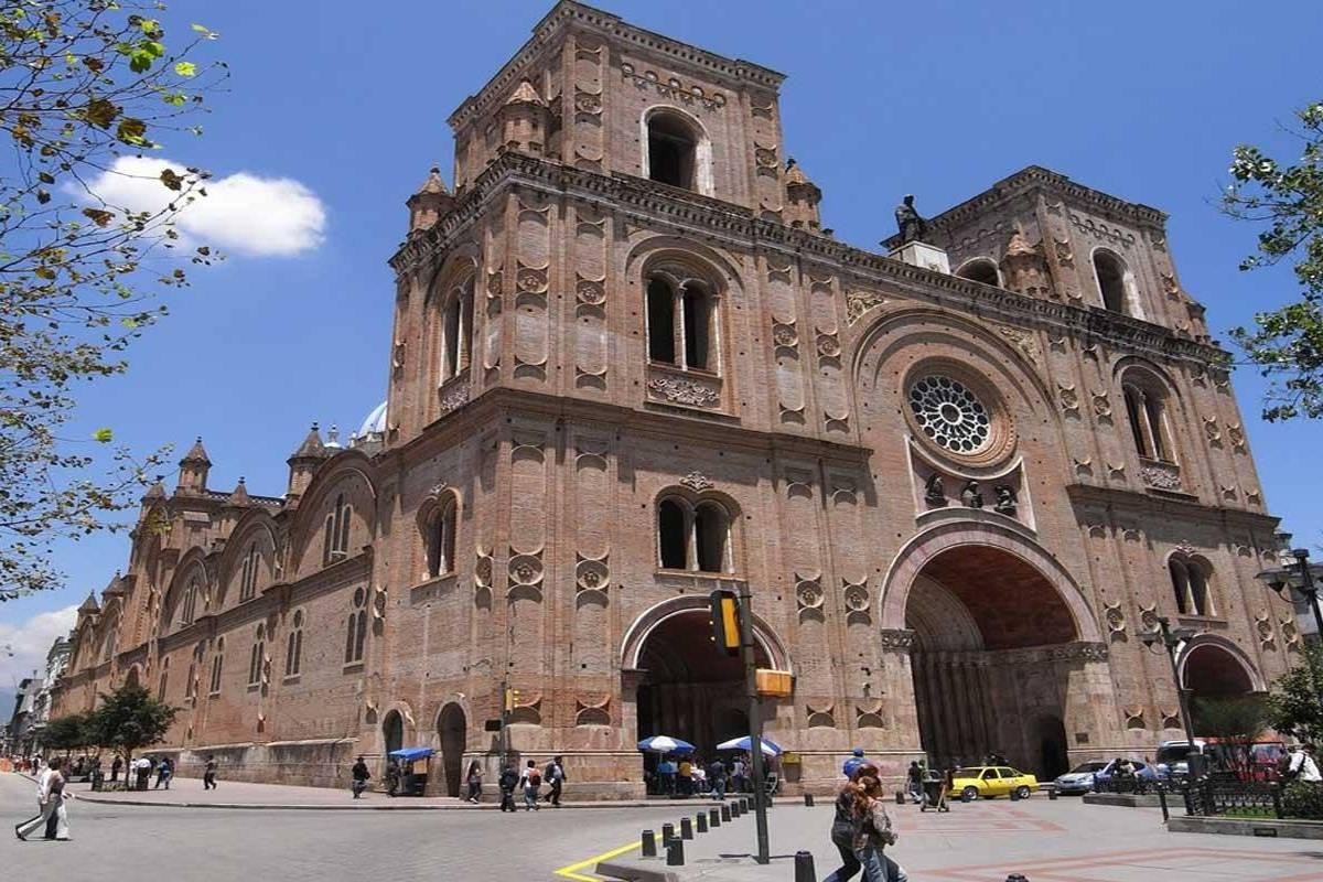 Gray Line Ecuador City Tour Cuenca
