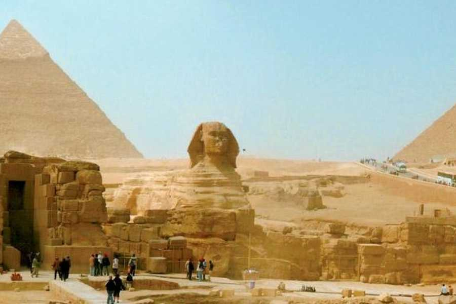 Look at Egypt Tours 12 Days Egypt Tour with Nile Cruise & Hurghada stay on the Red Sea coast.