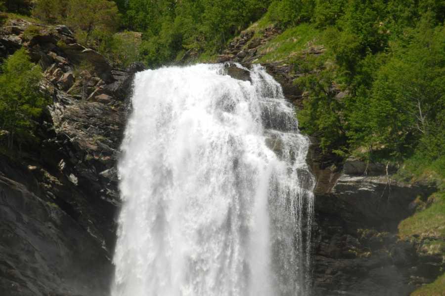 Adventure Tours Norway Bike&Hike to Drivande Waterfall