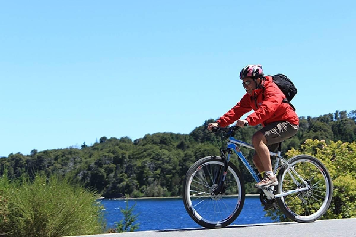 Circuito Chico Adventure Rental Bicicleta Deluxe