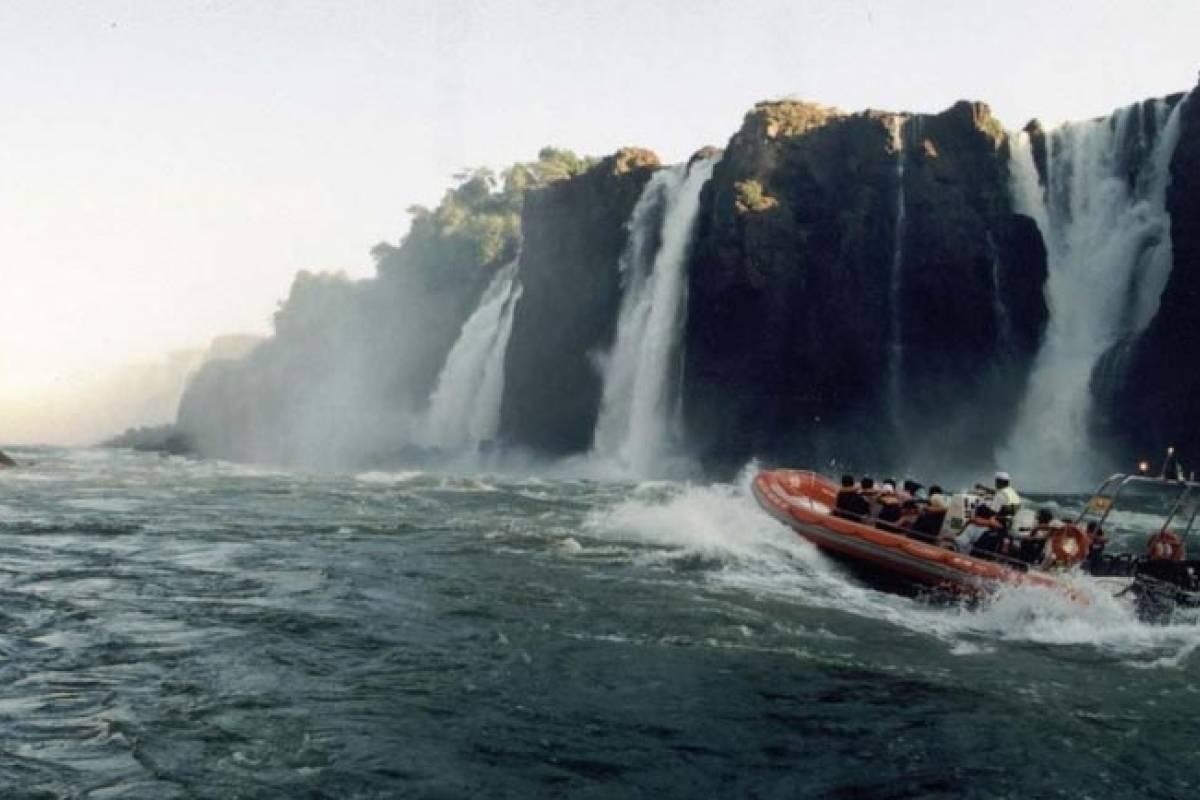 Check Point Grand Aventura 4x4 e Barco - Argentina