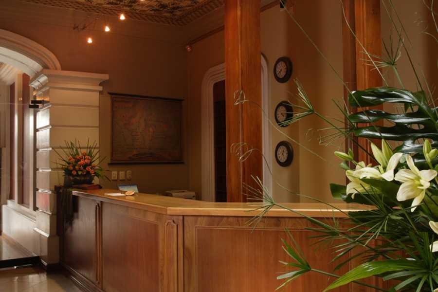 Gray Line Ecuador Hotel Carvallo - Turista 3***