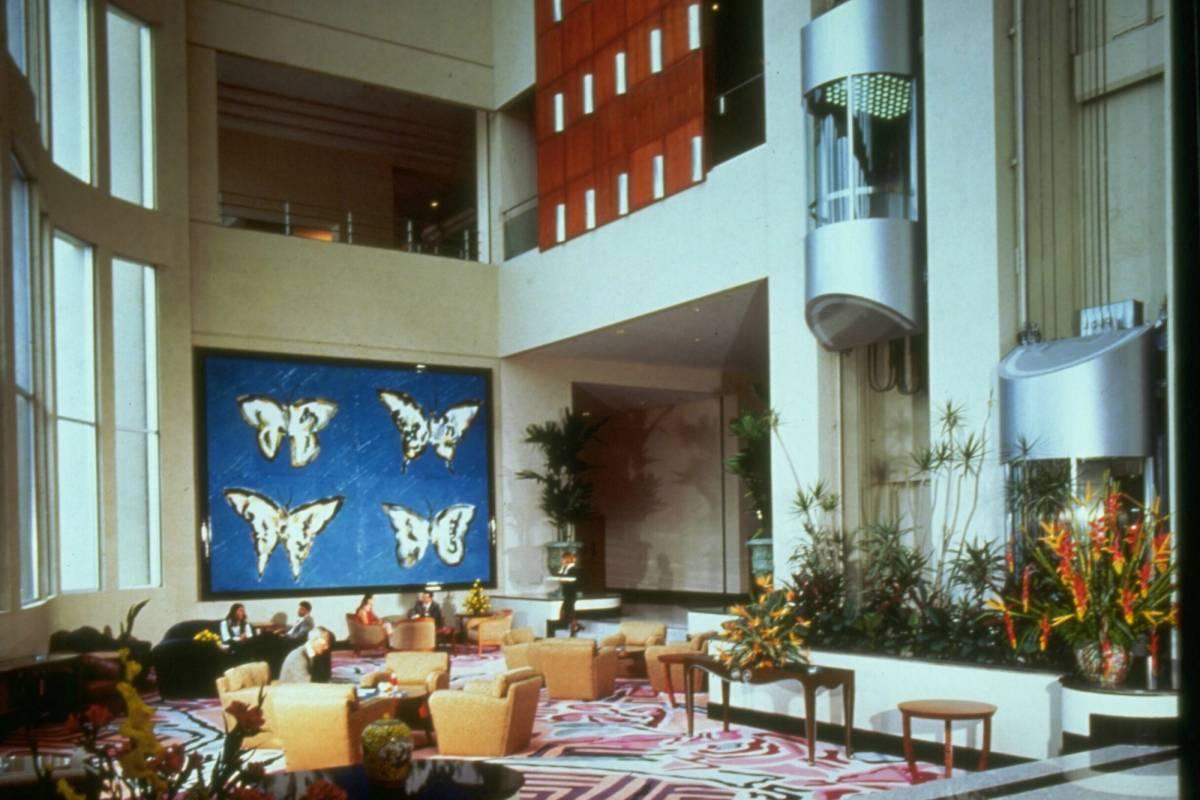 Gray Line Ecuador Hilton Colon Guayaquil Hotel - Luxury 5*****