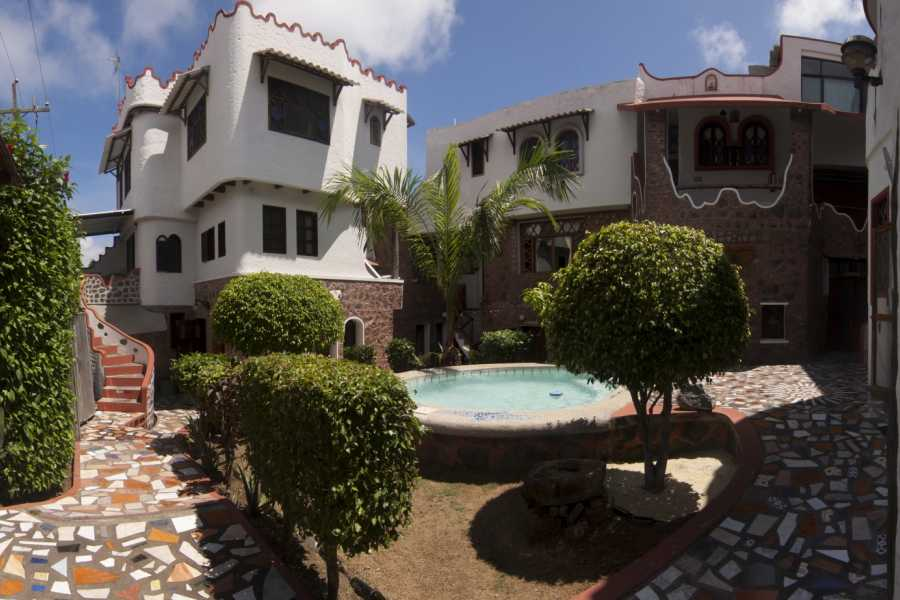 Gray Line Ecuador Maidith White Cove Hotel - Sup. Tourist 3***S