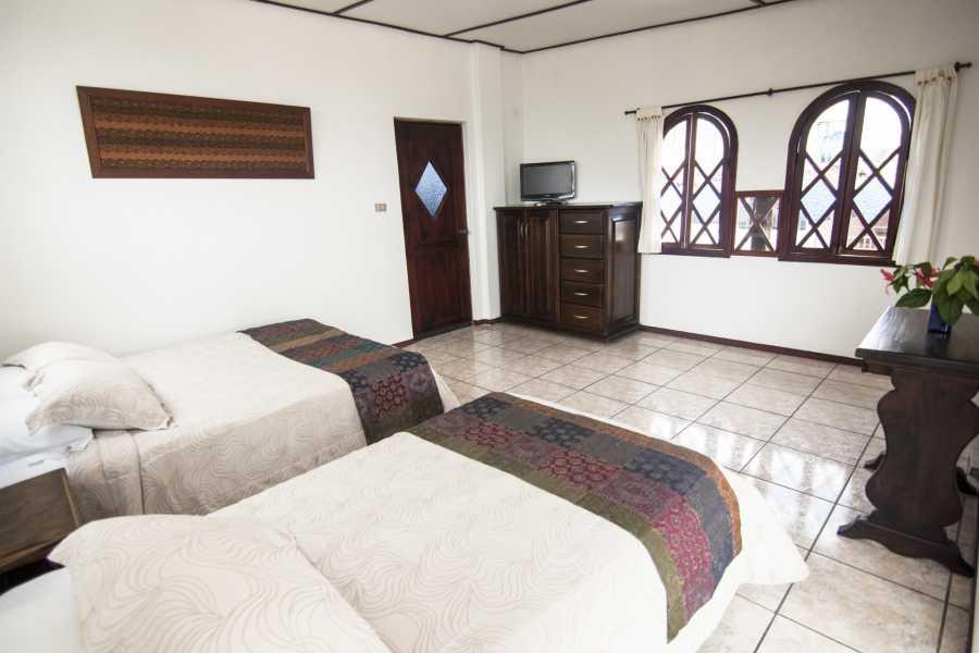 Gray Line Ecuador Hotel Maidith White Cove - Turista Sup. 3***S