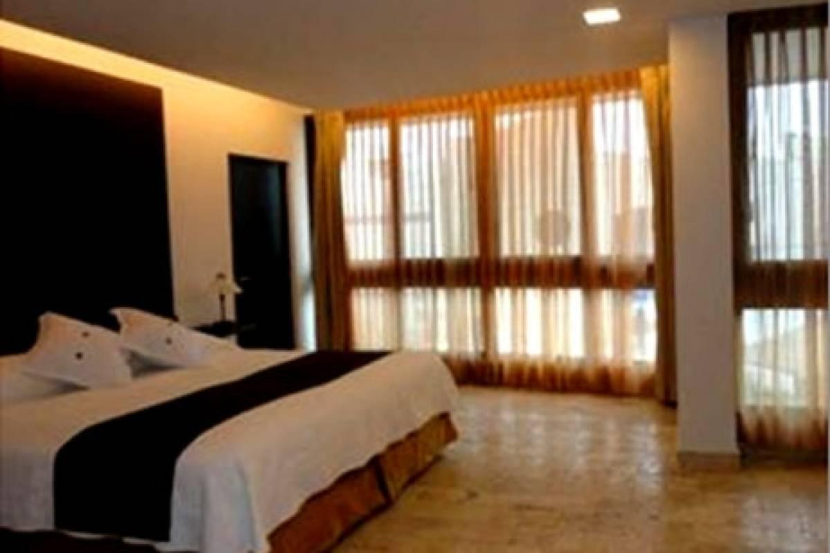 Gray Line Ecuador Isla Sol by Sol y Mar Hotel - First 4****