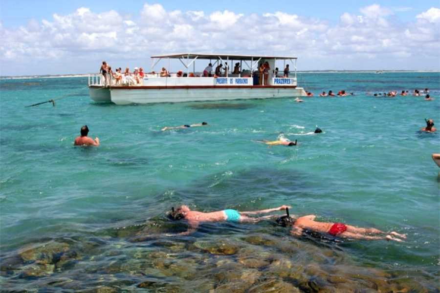 Check Point Praia de Maracajaú (com passeio de barco) – RN