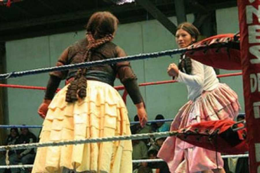 Red Cap City Walking Tours Cholita Wrestling