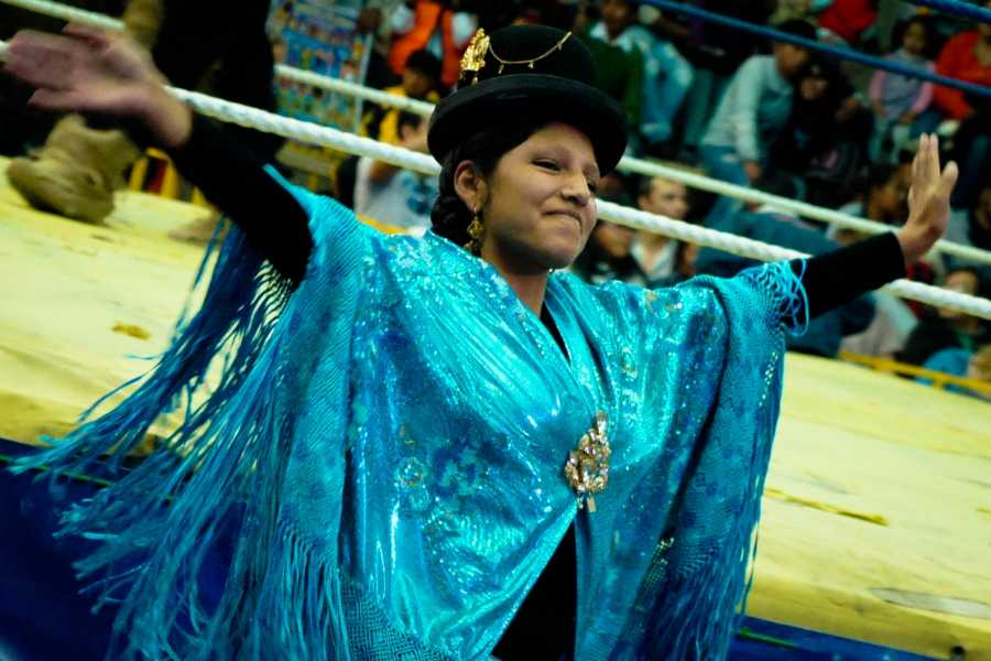 Red Cap City Walking Tours CHOLITA WRESTLING – LUTA LIVRE DE CHOLITAS
