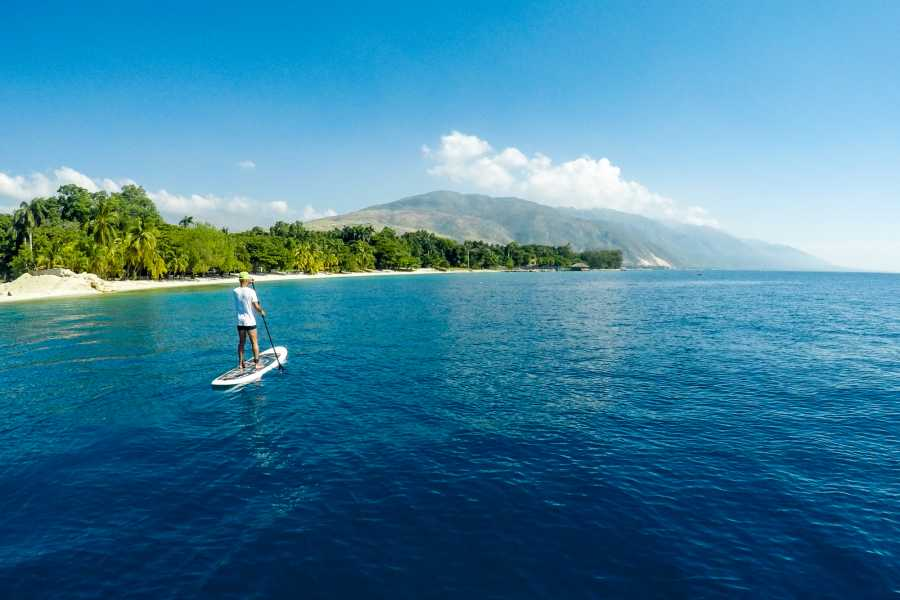 Marina Blue Haiti Paddle Board Tour