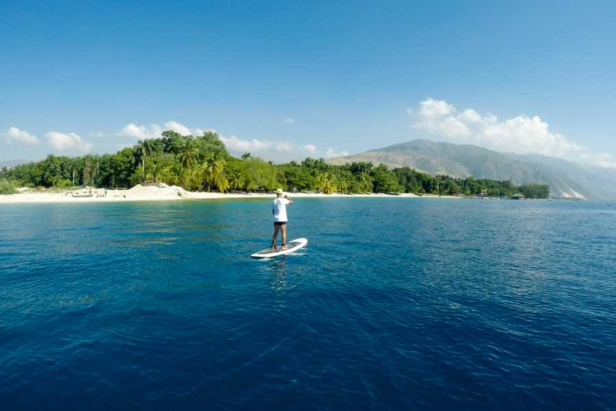 Marina Blue Haiti Tour de Paddle Board