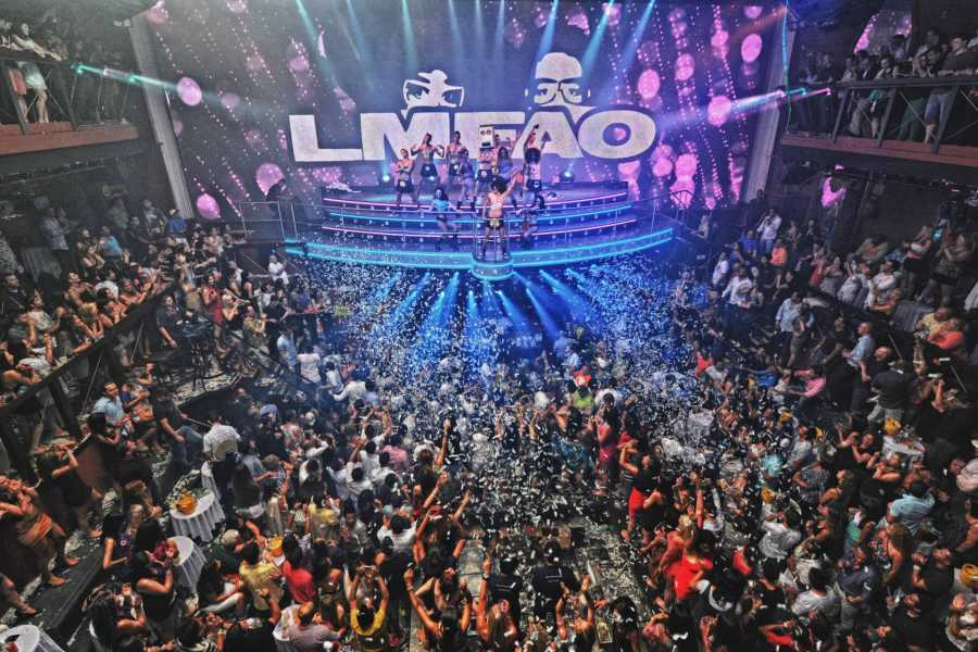 Cancun Vacation Experts BARRA LIBRE COCOBONGO