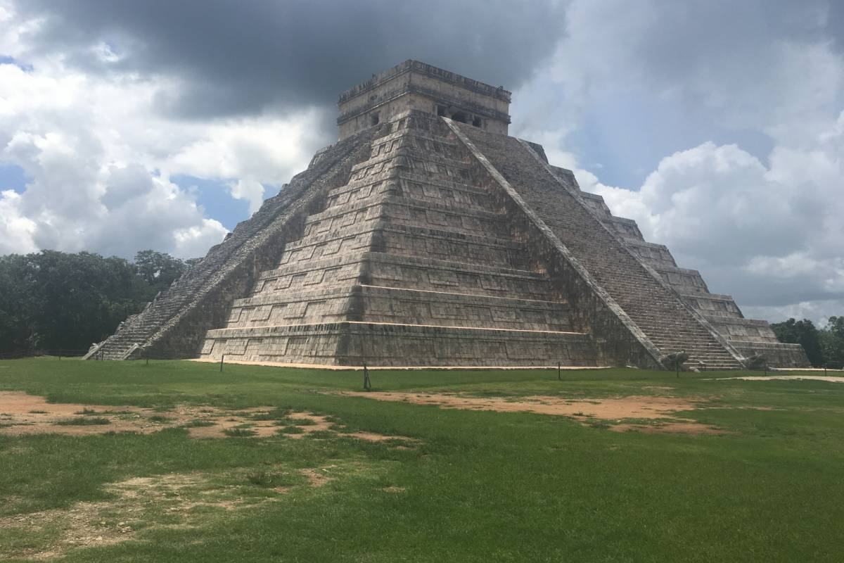 Cancun Vacation Experts CHICHÉN ITZÁ & IK KIL CLÁSICO