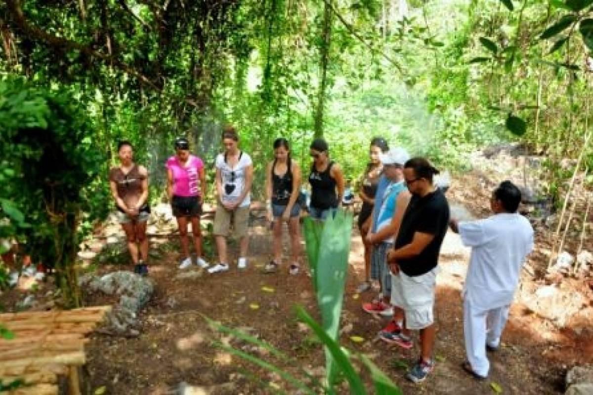 Cancun Vacation Experts COBÁ VILLA MAYA