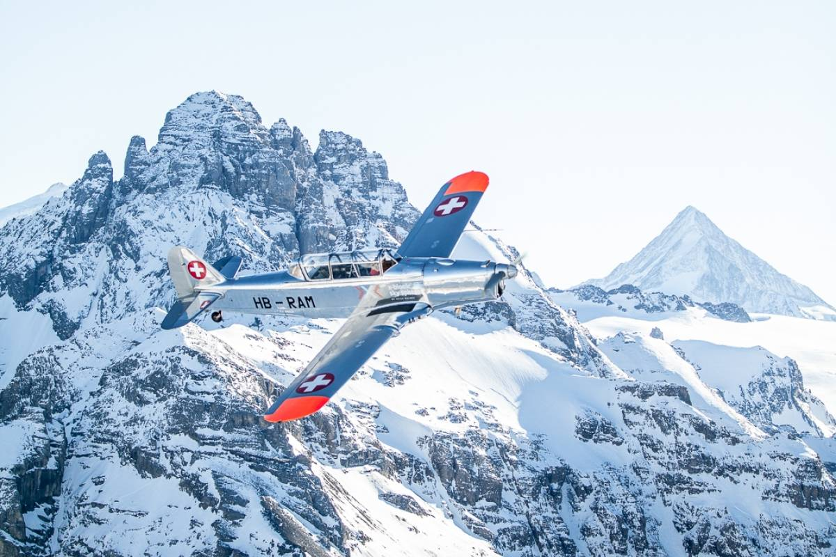 Skydive Switzerland GmbH Pilatus P2