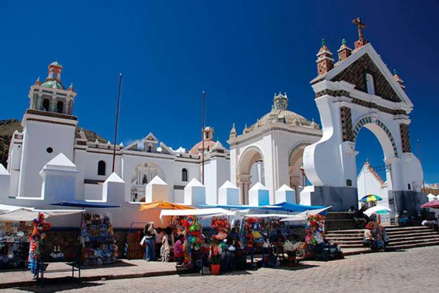 Turisbus Isla del Sol: La Paz - Puno: Energía y cultura Ancestral.