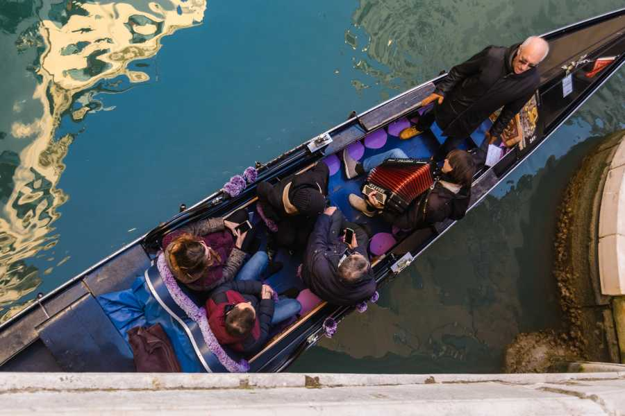 Venice Tours srl Private grand canal gondola serenade - skip the line!