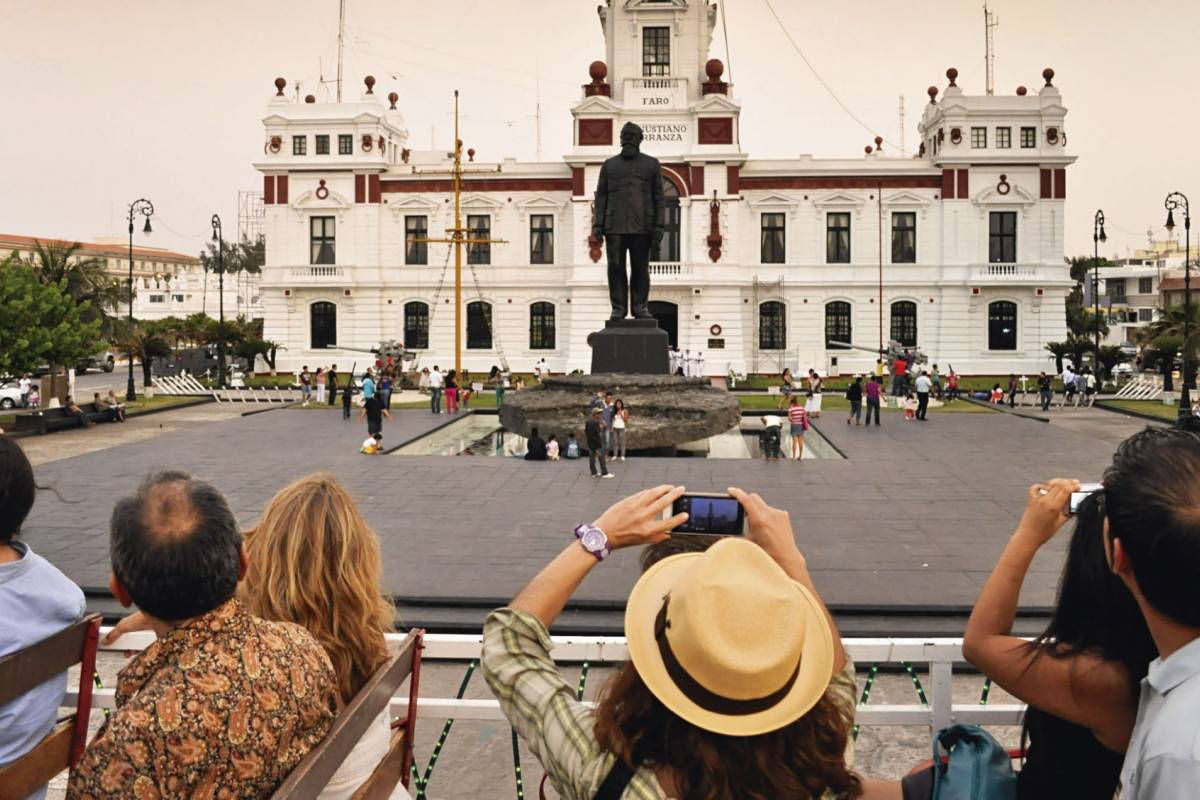 Tours & Tickets Operador Turístico Recorrido Centro Histórico en Tranvía