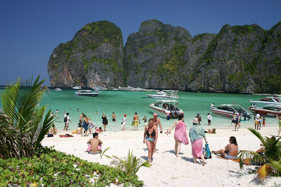 AMICI MIEI PHUKET TRAVEL AGENCY PHI PHI-MAYA BAY E KHAI ISLAND