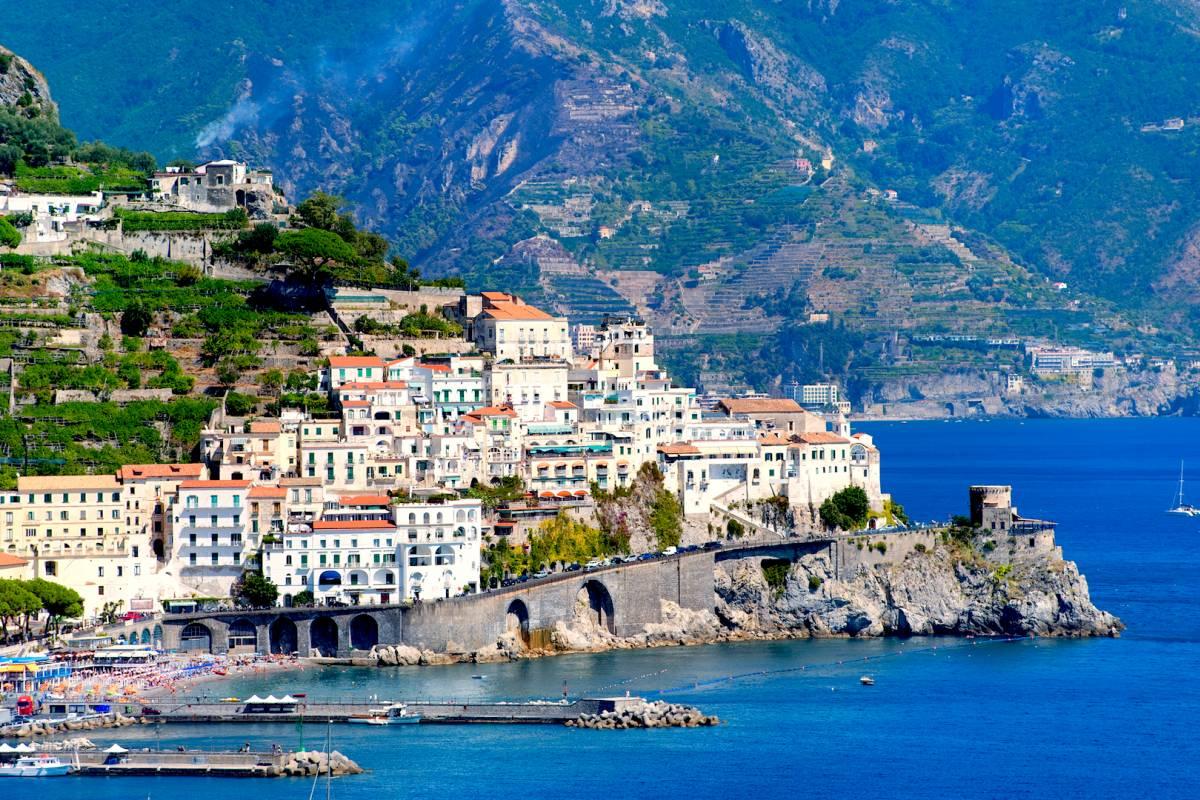 Travel etc Transfer from Positano to Ravello and Viceversa