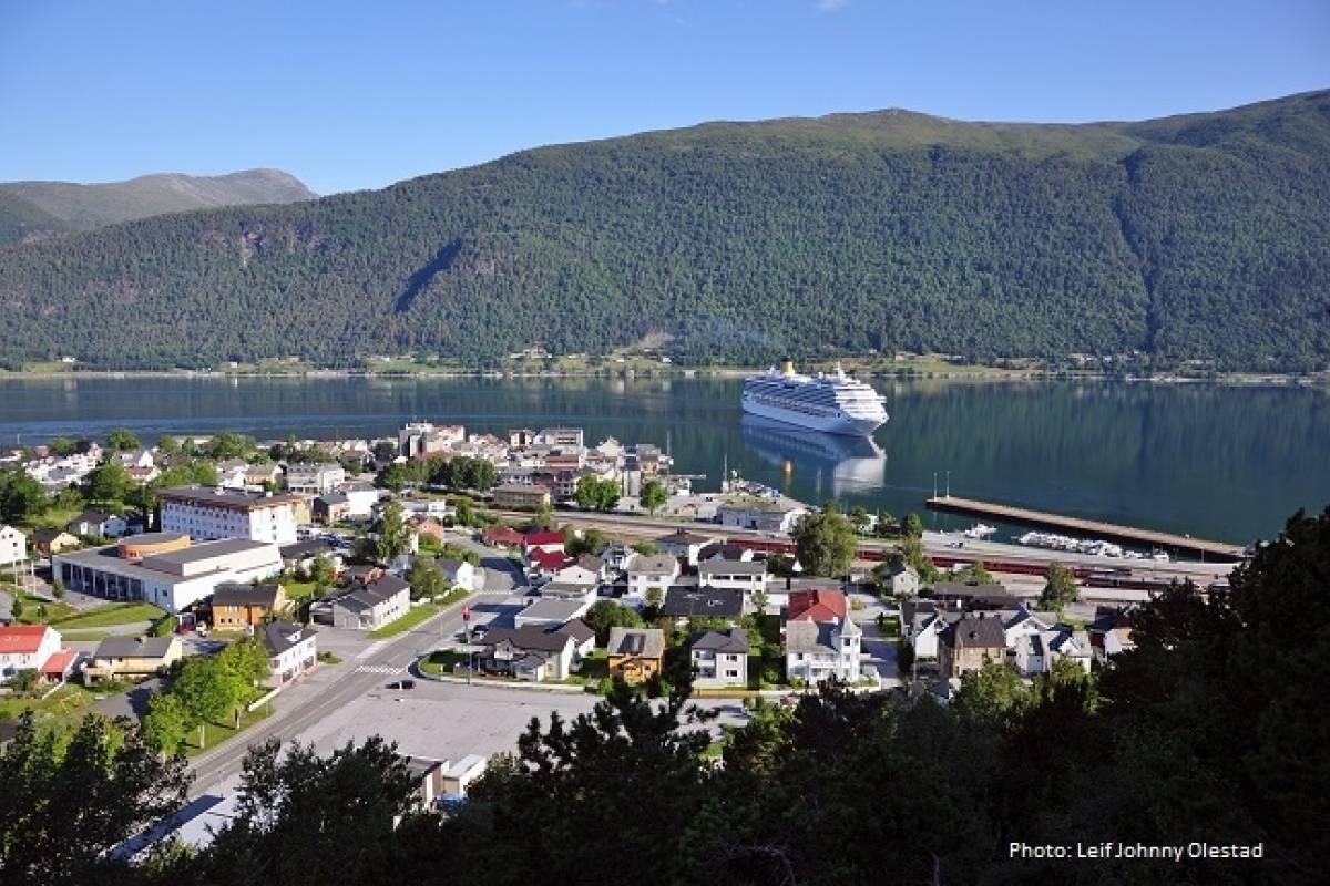 FRAM One way trip Åndalsnes - Molde