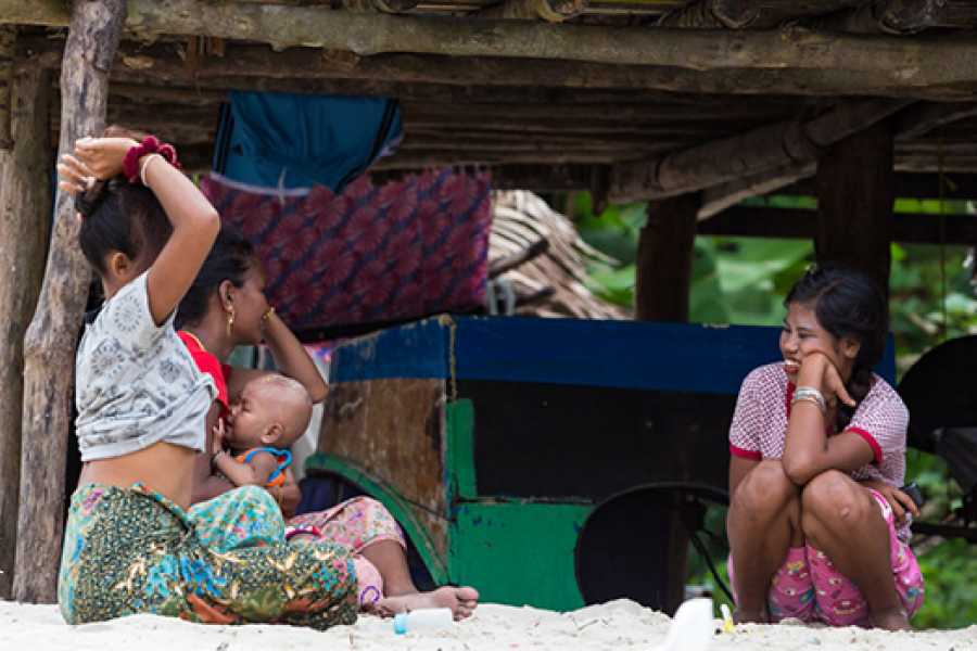 AMICI MIEI PHUKET TRAVEL AGENCY SIMILAN & SURIN ISLAND 2 DAYS 1 NIGHT from Phuket - AM101