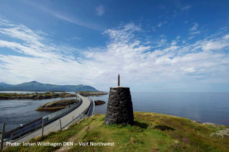 Travel like the locals (Møre og Romsdal) Round trip Kristiansund - the Atlantic Road