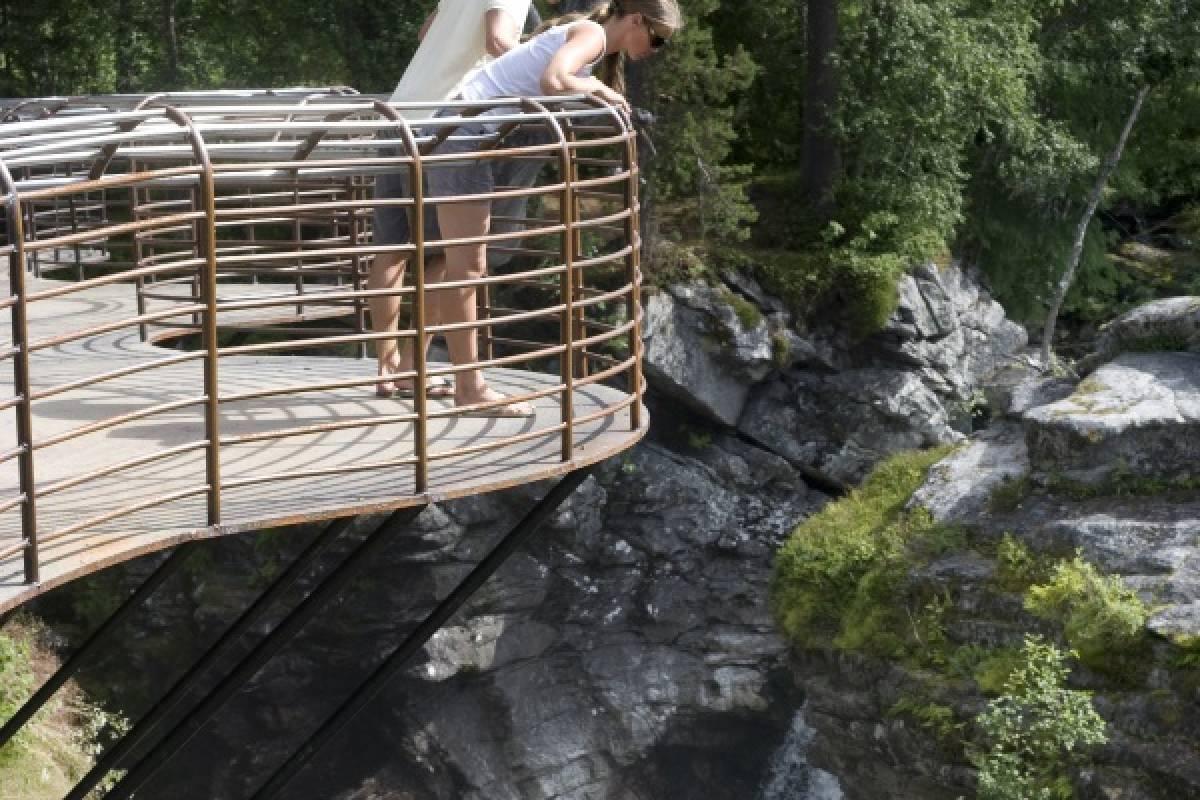 FRAM Rundtur fra Molde til Valldal, Trollstigen & Åndalsnes