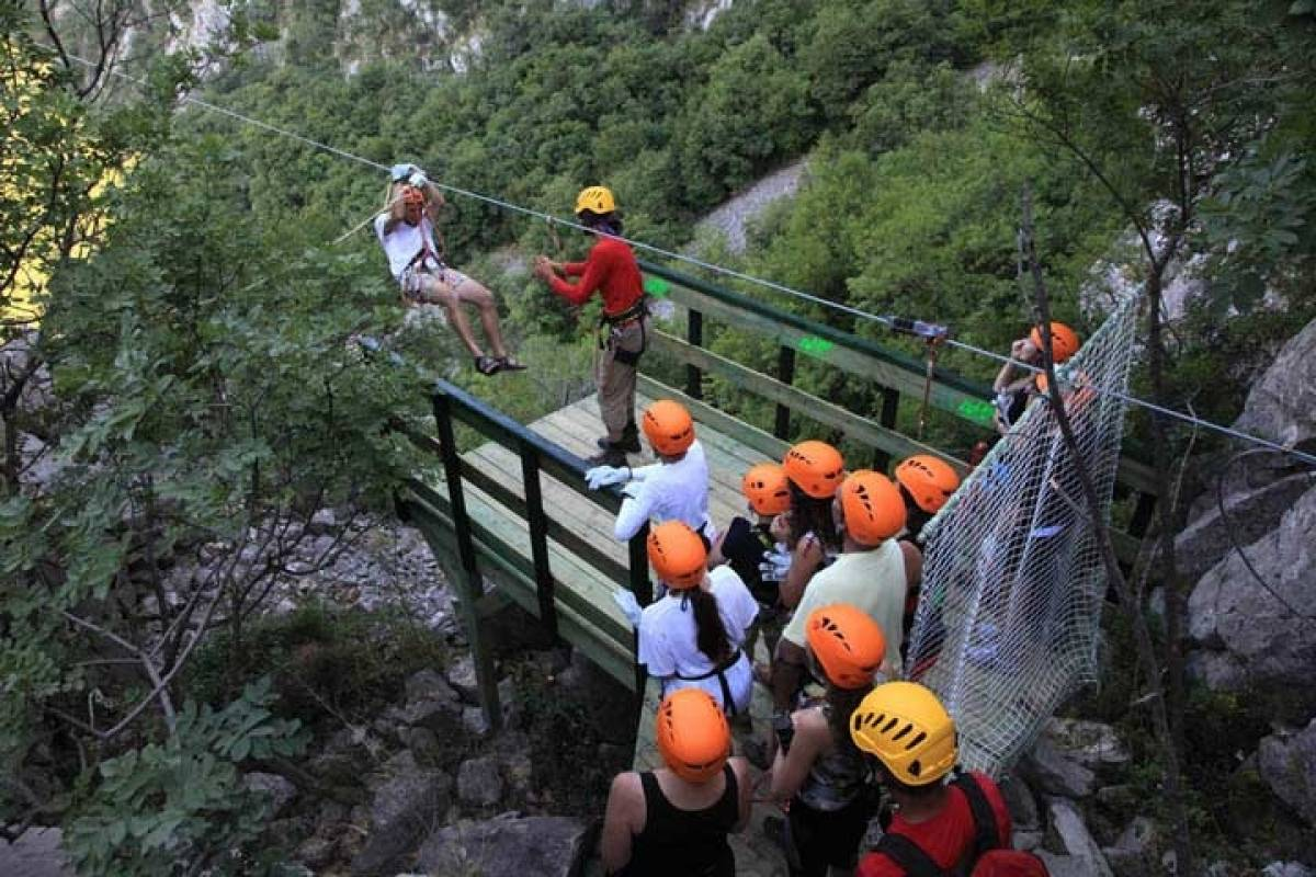 Sugaman Tours Zip Line tour from Omis