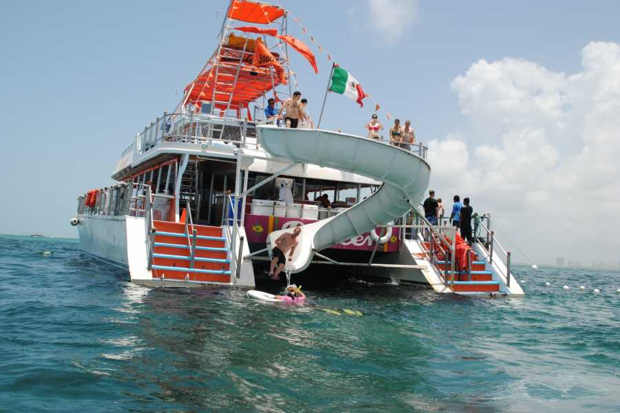 Cancun Vacation Experts DANCER CATAMARAN + SNORKEL