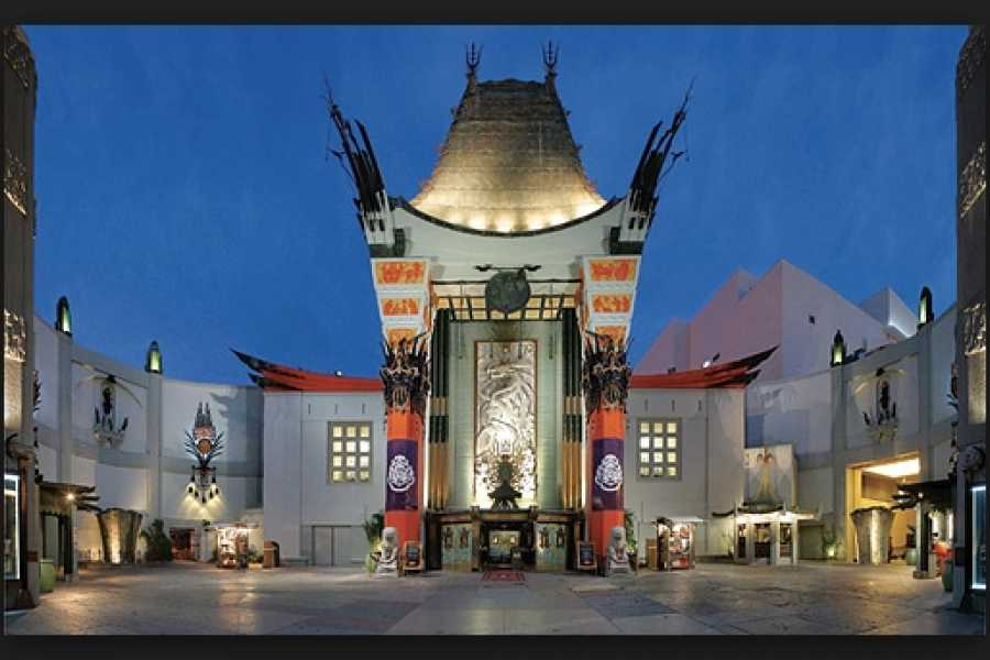 Dream Vacation Builders Hollywood Walk of Fame + Madame Tussauds Hollywood + Round Trip Transfers Tour #2C