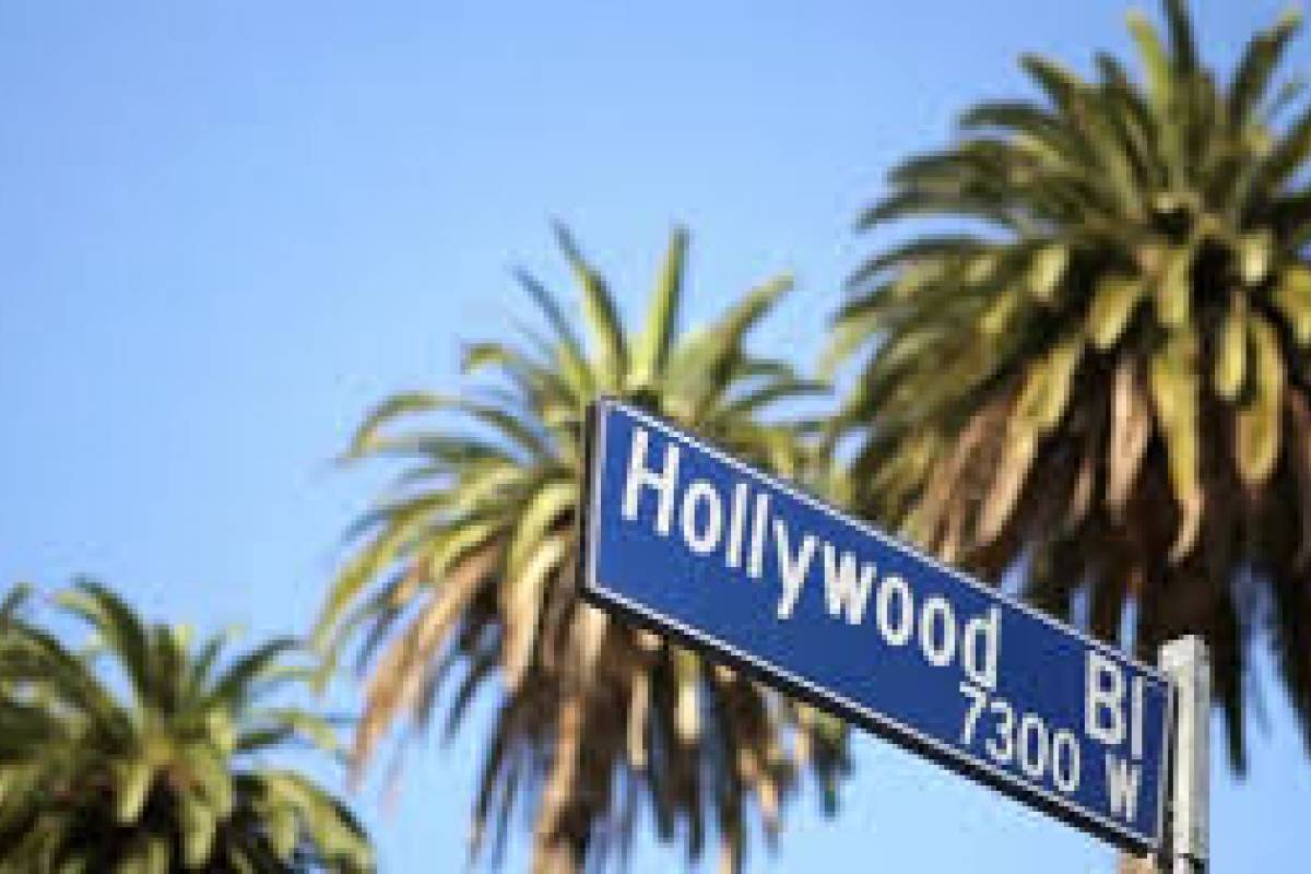 Dream Vacation Builders Hollywood Walk of Fame Self Guided- Tour  Plus Day Tour