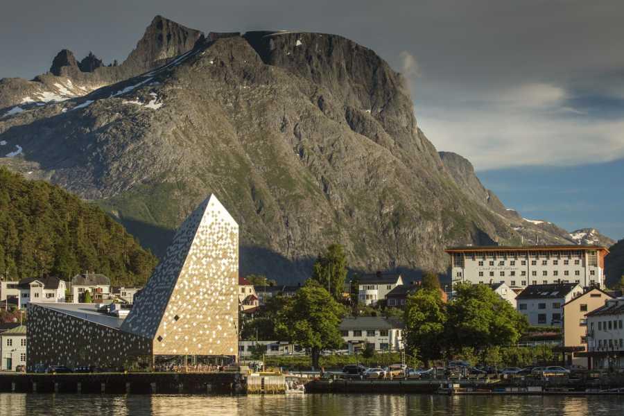 Norsk Tindesenter Inngang Norsk Tindesenter