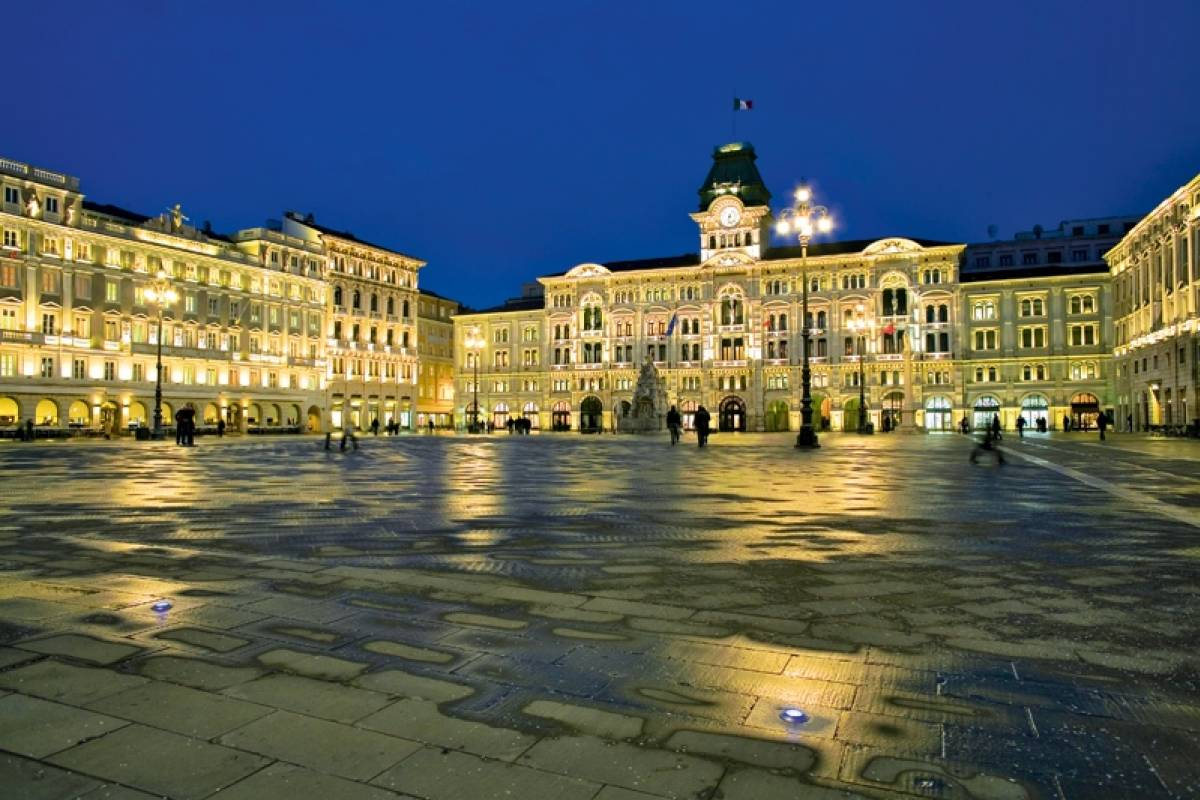 Ride around Trieste & Miramare castle