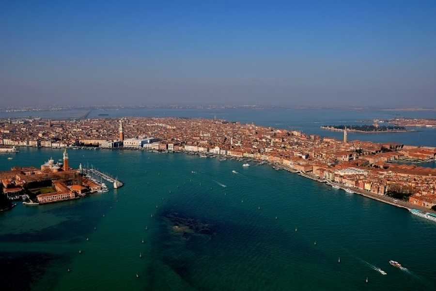 Venice Tours srl Venice on air - Helicopter Tour over Venice