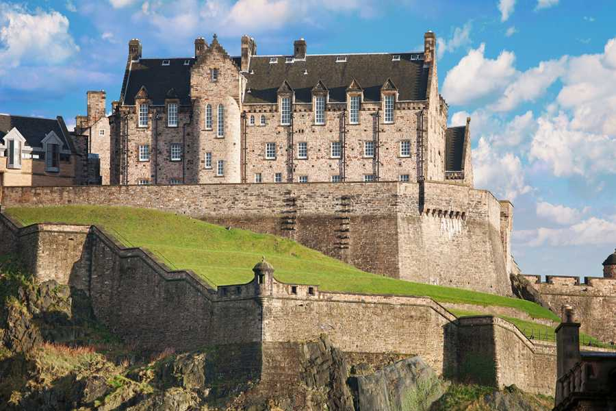 SANDEMANs NEW Edinburgh Tours Edinburgh Castle Tour