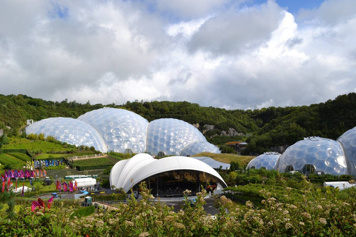 Oates Travel St Ives Eden Project Day Tripper every Wednesday