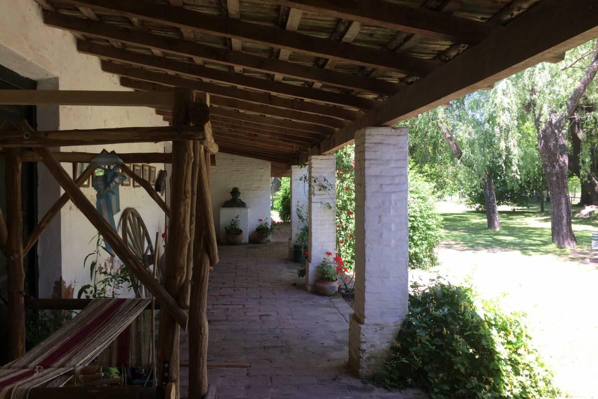 www.buenosairestouring.com SAN ANTONIO DE ARECO