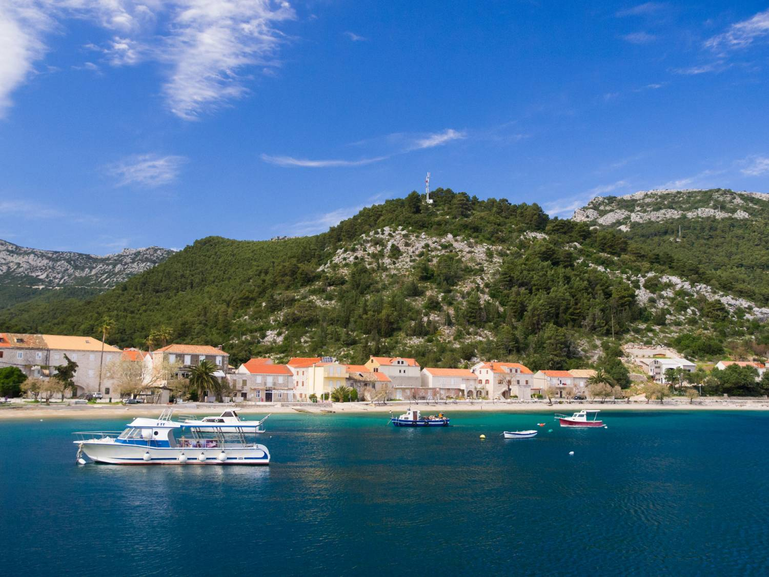 Croatian Island Cruise And Land Tour With Plitvice From Zagreb