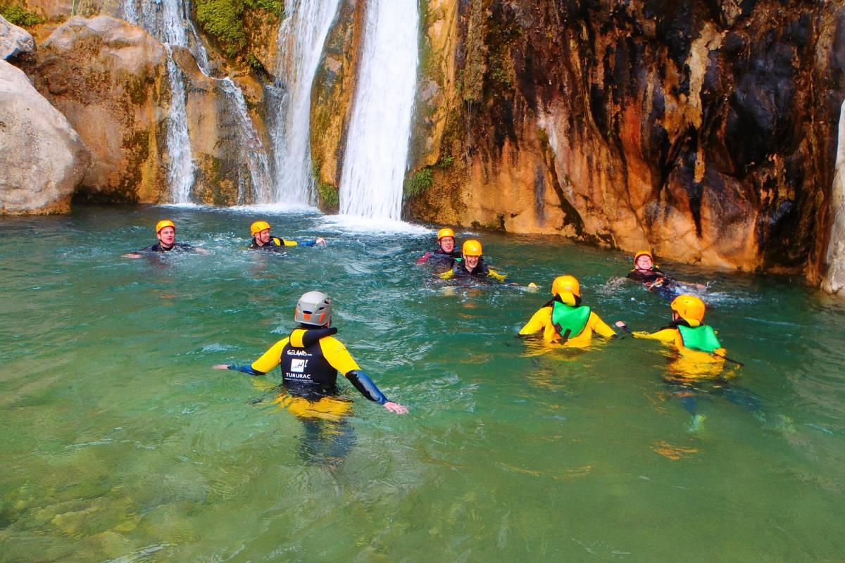 TURURAC. Turismo Activo y de Aventura BARRANCO ESTRET DE LES PENYES