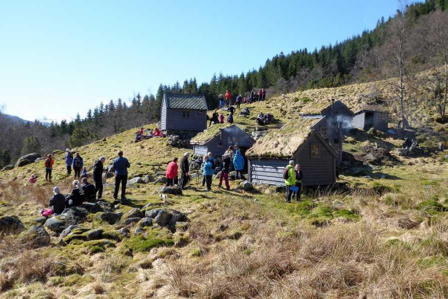 rosendalevent KJELDESTØL - OLD MOUNTAIN DAIRY FARM