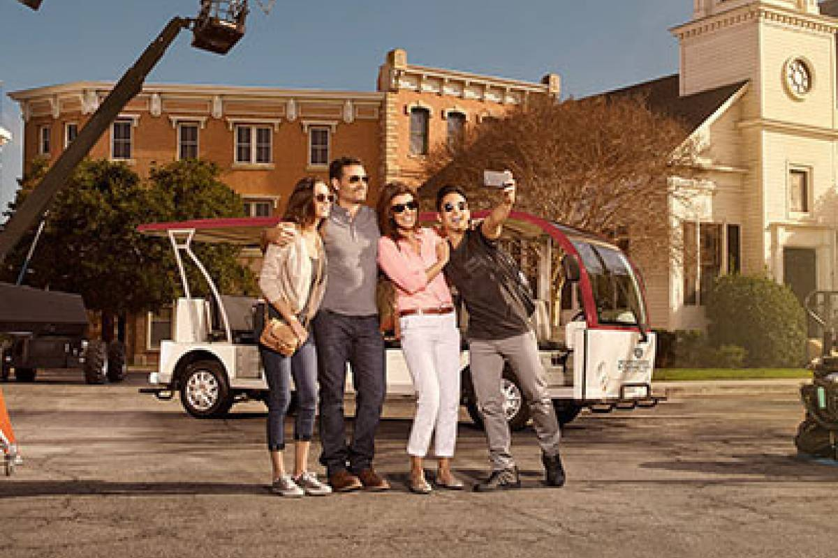 Dream Vacation Builders Warner BROS. VIP Studio & Movie Star Homes Tour
