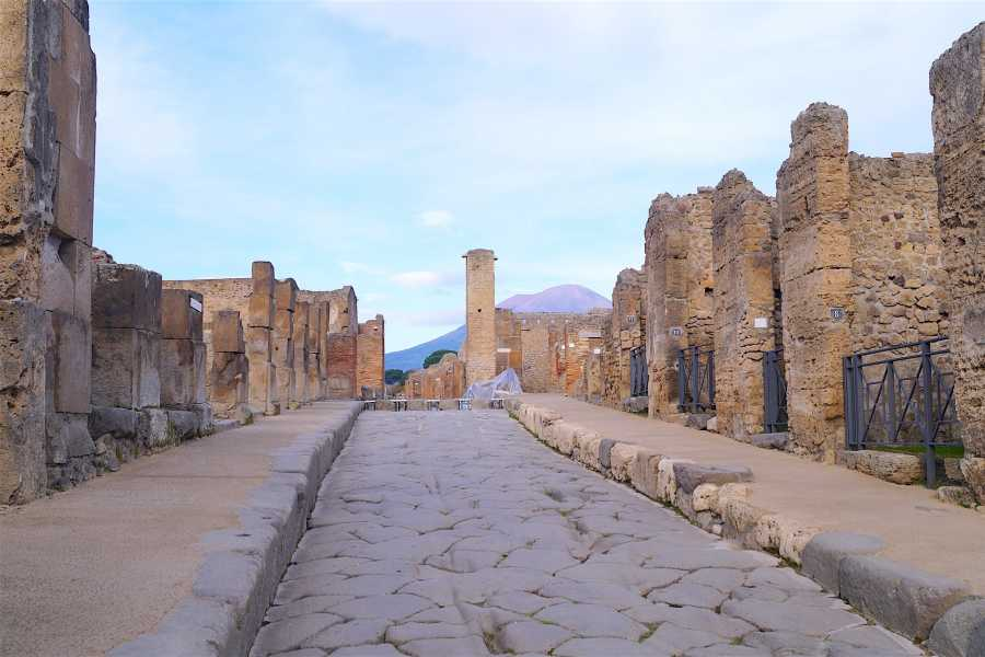 Travel etc Transfer from Positano to Pompeii or Viceversa