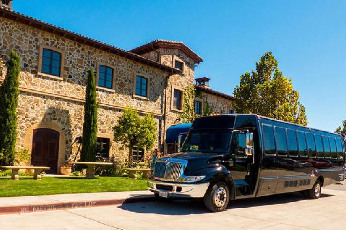 Dream Vacation Builders Wine Country Full Day Tour
