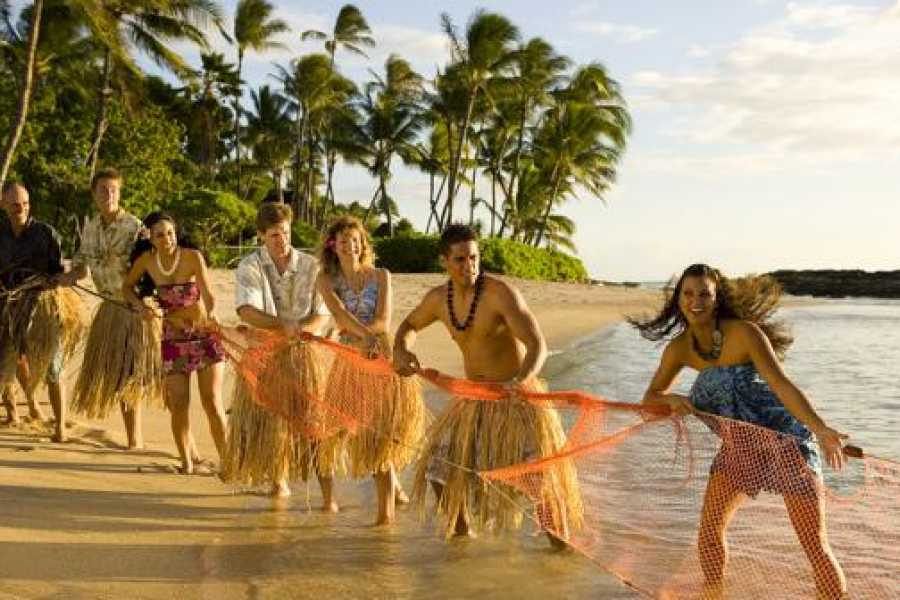 Dream Vacation Builders Oahu- Paradise Cove Luau