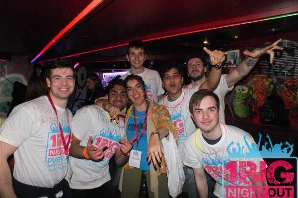 1 Big Night Out - London's Biggest Daily Guided Pub Crawl