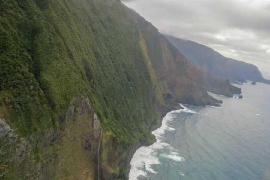 Dream Vacation Builders Blue Hawaiian West Maui/Molokai Tour