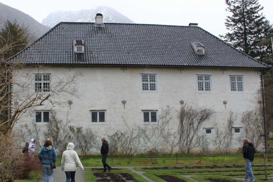 Stana Gard Baroniet in Rosendal.                                    Easy to combine with cruises on Hardangerfjord from / to Bergen