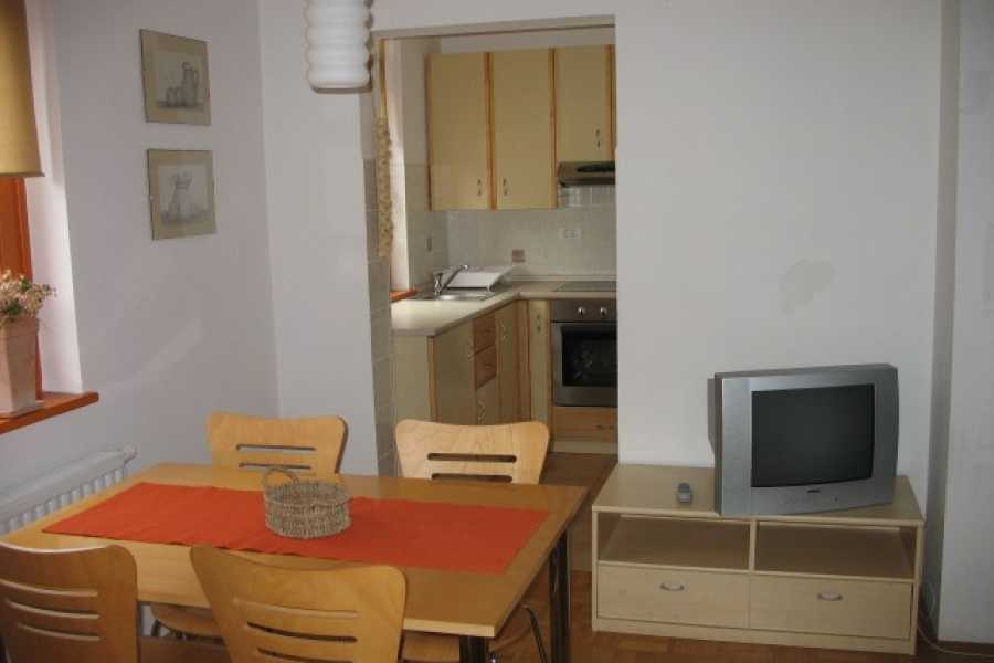HungaroRaft Kft Rombon apartmanház