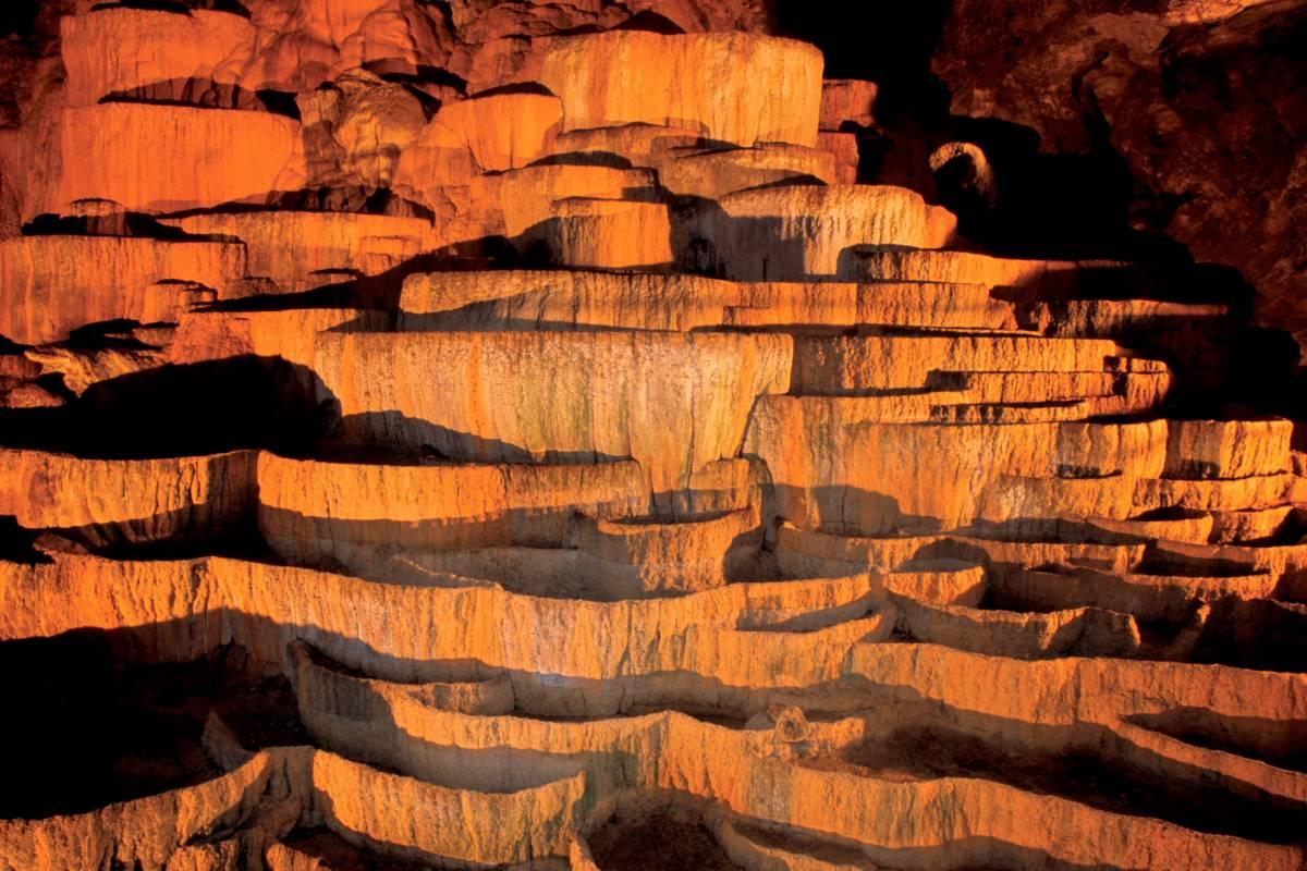 Kompas d.d. Postojna Cave & Predjama Castle - Underground Treasures and Legends